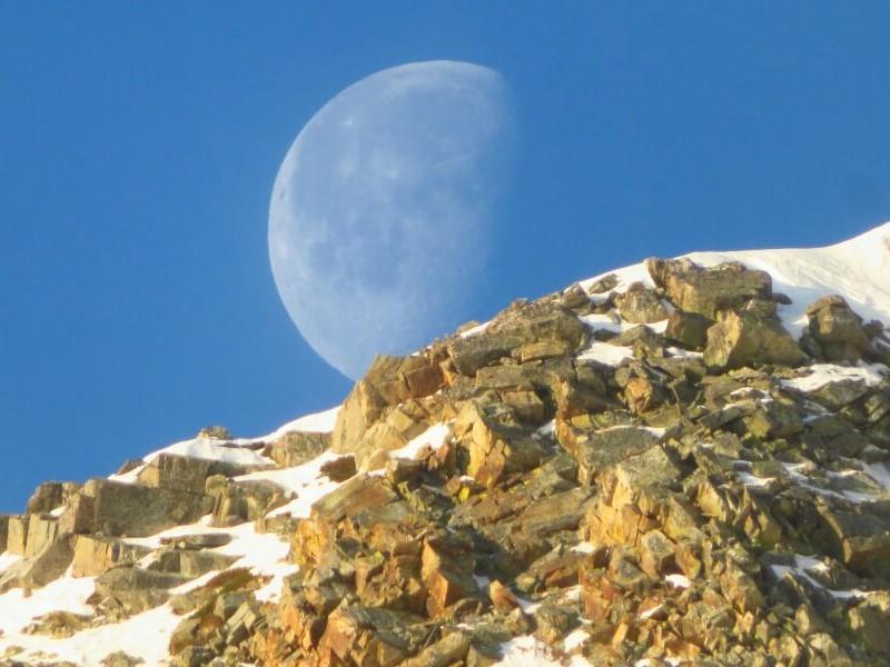 lluna plena de dia